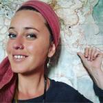 Flora - Auteur, rédactrice et traductrice passionnée