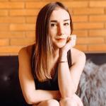 Amélie - Consultante communication / Community manager