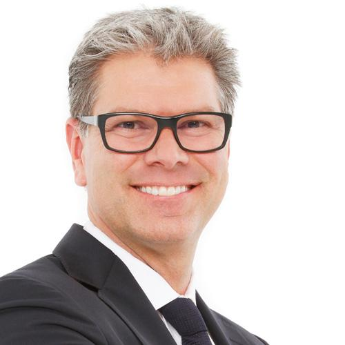Aymane L. - Web marketing, chargé de communication, Développeur Web