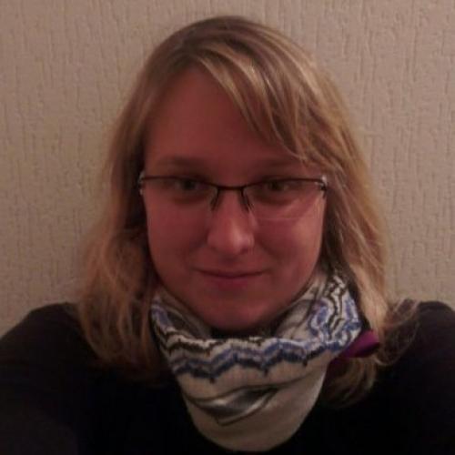 Cécile V. - Community Manager / Social Media Manager