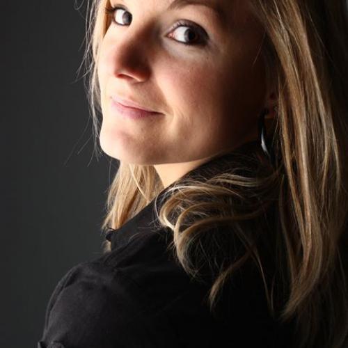Sabine P. - Community Manager et Rédactrice Web