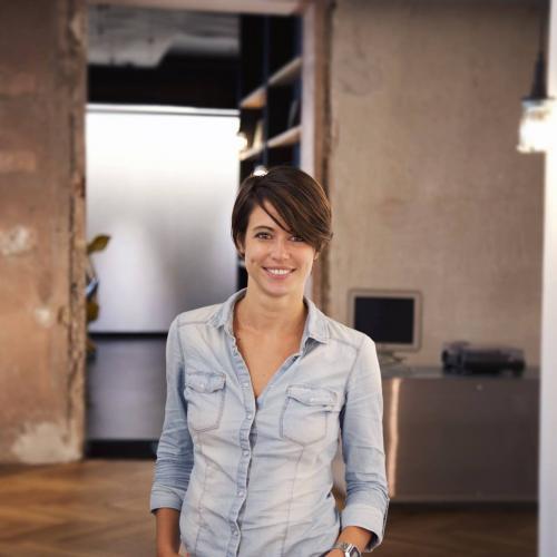 Hélène C. - Consultant Digital