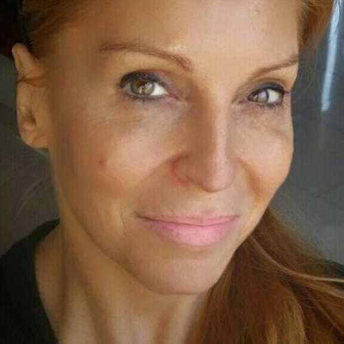 Manuela B. - Rédactrice auteure scénariste freelance