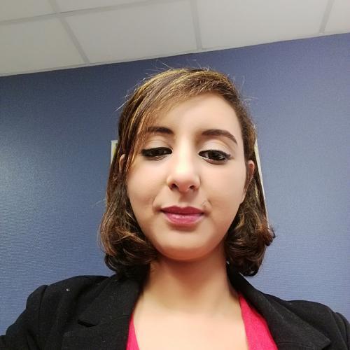 Lamia A. - Conseillère marketing et chef de projet multimédia