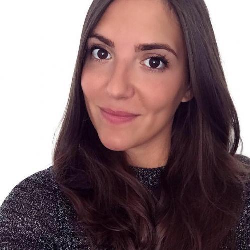 Iris B. - Community manager & rédactrice web