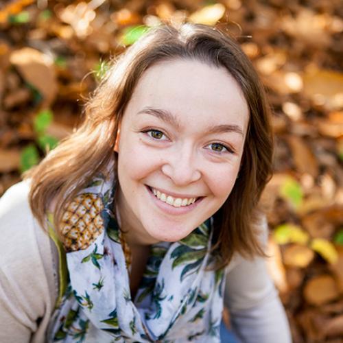 Gwenaëlle V. - Photographe / Infographiste / Webdesigner