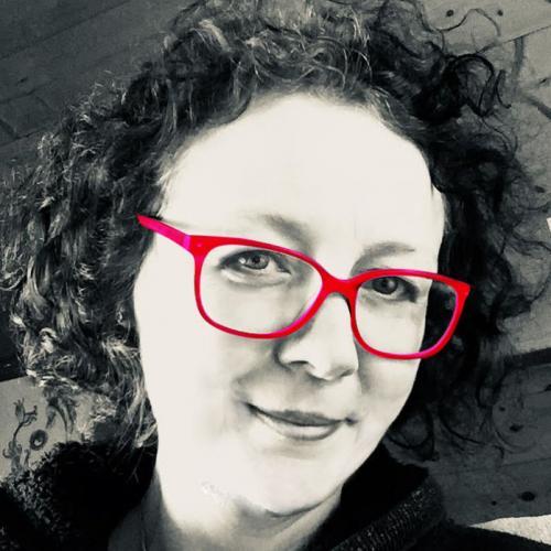 Karen H. - Graphiste