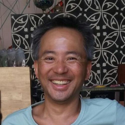 Chuong V. - Graphiste webmaster motion designer 3d réseaux sociaux