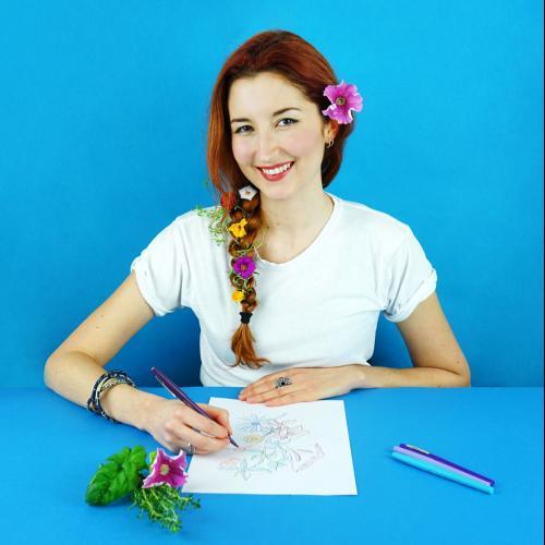 Lena M. - Designer Graphique