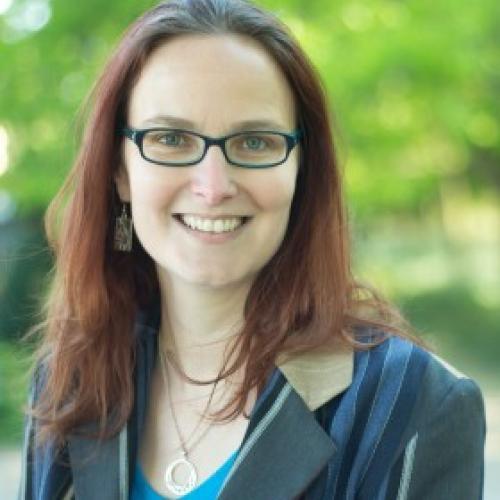 Cecile L. - Création de sites web, Mise en Forme de vos projets