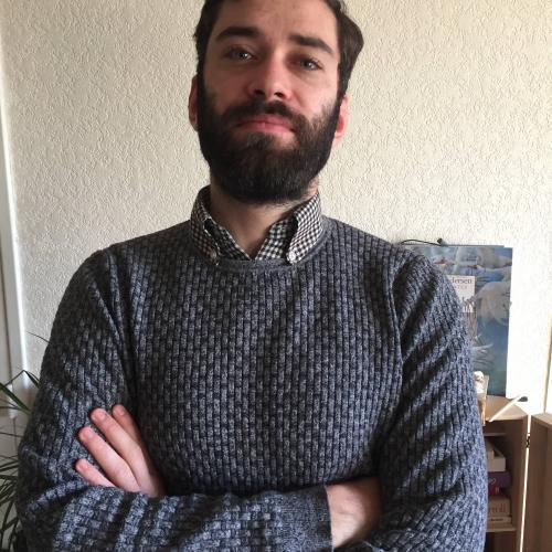 Fabien B. - Monteur Vidéo - Graphiste -Motion Designer freelance