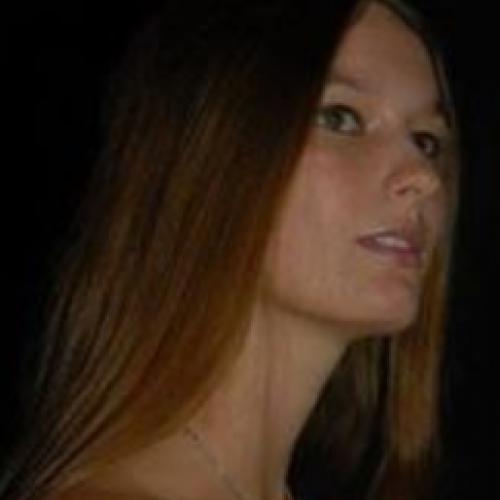 Coralie L. - Responsable Community Manager Publicité d'entreprise