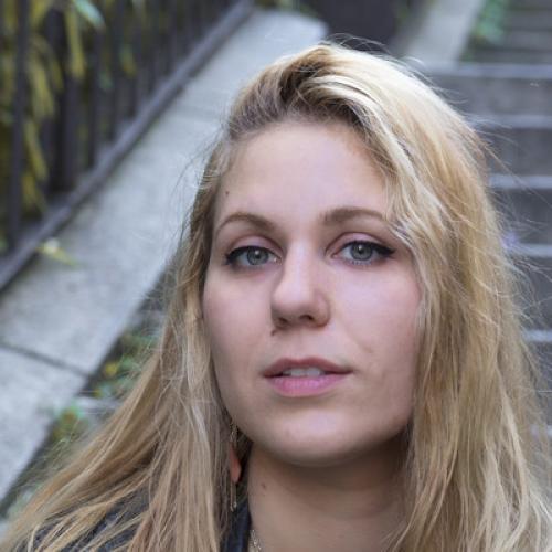 Emilie L. - Motion designer / Monteuse
