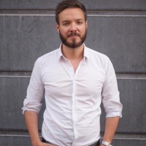 Alan R. - Account Manager/concepteur-rédacteur chez Snak