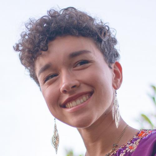 Lisa N. - Graphiste Indépendant