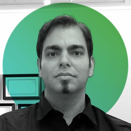 Peter S. - Stratégie de Communication / Direction Artistique / Designer