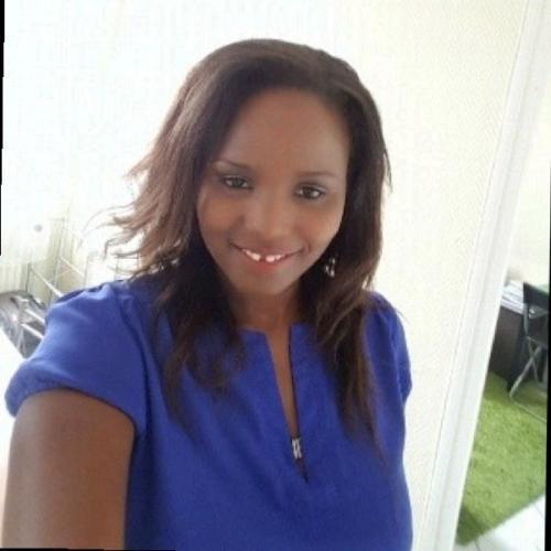 Rose N. - Consultante et Formatrice en Marketing Digital