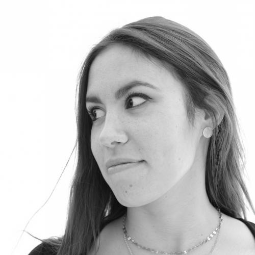 Mélanie T. - Directrice Artistique & Graphiste Indépendante