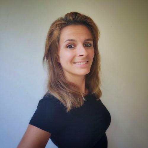Marine B. - Chargée de Communication / Community Manager / Traduction UK