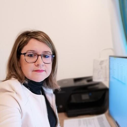 Pascale T. - Assistante Administrative/Office Manager