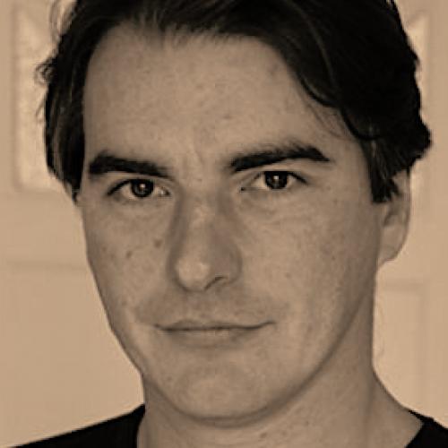 Laurel M. - Rédacteur de contenu Web, scénariste.
