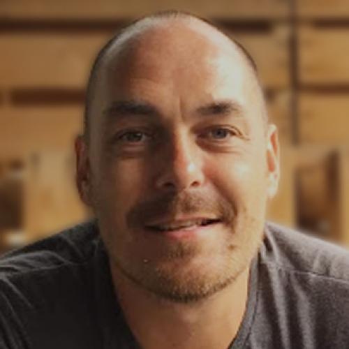 Matthieu E. - Graphiste, UI/UX designer, webdesigner, chef de projet