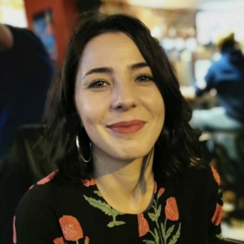 Alexandra  C. - Journaliste / rédatrice / relations presse
