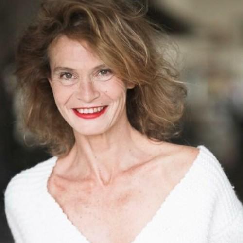 Clémentine G. - Directrice artistique, Styliste, Rédactrice