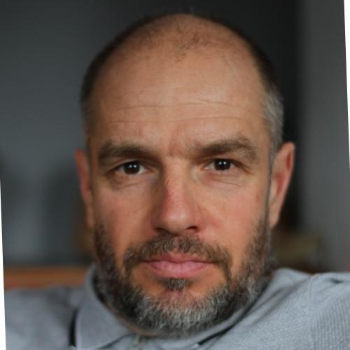 Thierry P. - Réalisateur clip musical/graphiste 3d/photographe