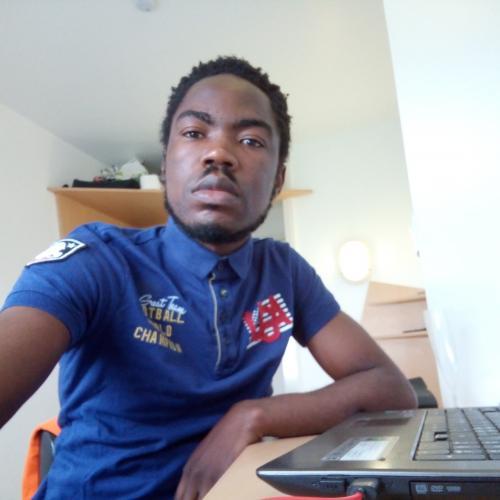 Yves plumey B. - Journaliste, web-rédacteur, community manager