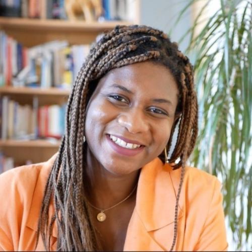 Jennifer H. - Consultant en stratégie de communication digitale